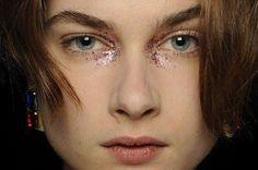 Fall Beauty Trend: Glitterati Glam.Makeup.com