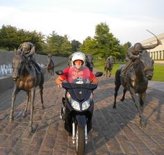#ride colorfully- Thoroughbred Park- Lexington, KY Thoroughbred, Kentucky, Riding Helmets, Park, House, Travel, Viajes, Home, Parks