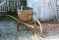 Love the barrel and basket!