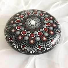 May I convince you that the color gray is anything but bleak? - May I convince you that the color gray is anything but bleak? ☺️ The gray brings the stone to s - Rock Painting Patterns, Dot Art Painting, Rock Painting Designs, Mandala Painting, Pebble Painting, Pebble Art, Mandala Art, Stone Painting, Mandala Painted Rocks