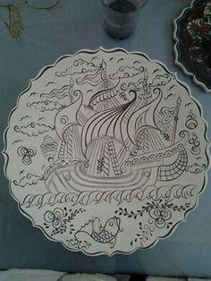 Çini kalyon deseni Hand Built Pottery, Slab Pottery, Ceramic Pottery, Tile Patterns, Pattern Art, Embroidery Patterns, Painted Plates, Turkish Art, China Painting