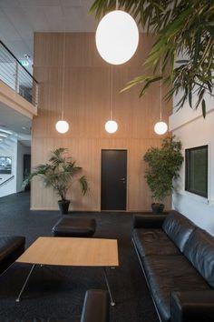 Flexbamboo bambusspiler på rull   Hardstuff Conference Room, Furniture, Home Decor, Jacket, Bamboo, Decoration Home, Room Decor, Home Furnishings, Home Interior Design