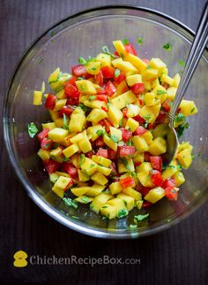 Fresh Mango Salsa with mango, cilantro, tomato (or substitute red bell pepper) - would be a great accompaniment to grilled #chicken