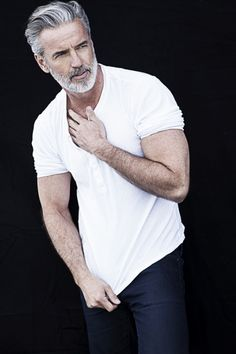 tr pescod - Google Search Grey Hair Beard, Gray Hair, Grey Hair Men, Mens Grey Hairstyles, Haircuts For Men, Older Man, Casual Styles, Hair And Beard Styles, Hair Styles
