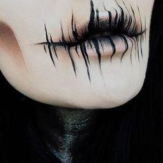 @ida_elina and her badass makeup skills!!!   Eyeshadows: Dark Matter + The Rust stack #meltdarkmatter #meltrust #meltcosmetics