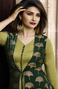 This Banarasi Jacquard And Satin Green Colour Kurti Is The Fun Attire Of The Moment. Get It On and Style It With Handbag and Earrings For The Perfect Day Look. Its Party Wear and Cute - The Essentials. Salwar Designs, Simple Kurti Designs, Kurta Designs Women, Kurti Designs Party Wear, Latest Kurti Designs, Neckline Designs, Dress Neck Designs, Churidhar Neck Designs, Party Wear Maxi Dresses