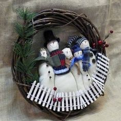 Blizzard Bunch Snowman Family Wreath by SnowmanCollector on Etsy, $37.00