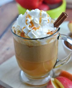 fall drinks This Salted Caramel Apple Cider is the perfect way to warm up on cool fall nights. With just a few ingredients and 10 minutes, you'll be sipping your way to fall flavors in no Apple Cider Drink, Apple Cider Cocktail, Cider Cocktails, Apple Juice, Apple Recipes, Fall Recipes, Drink Recipes, Caramel Recipes, Cocktail Recipes