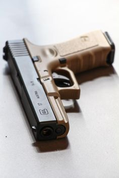 Glock Trotters - France-AirsoftLoading that magazine is a pain! Excellent loader available for your handgun Get your Magazine speedloader today! http://www.amazon.com/shops/raeind