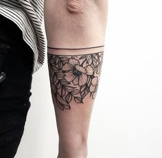 Floral band tattoo #newzealand #nativeflowers #dotwork