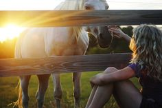 the love between a girl and her horse <3