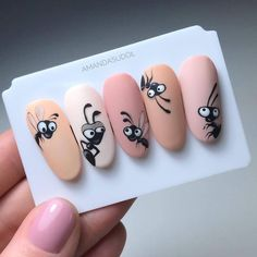 Photo shared by Akademia Semilac on January 2019 tagging Image may contain: text that says 'AMANDASUDO' Cartoon Nail Designs, Animal Nail Designs, Animal Nail Art, Nail Art Designs Videos, Nail Art Videos, Nail Art Hacks, Gel Nail Art, Nail Manicure, Gel Nails