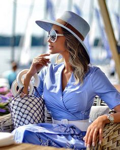 Look Your Best With This Fashion Advice Paris Chic, Estilo Fashion, Fashion Mode, Womens Fashion, Fashion Trends, Lifestyle Fashion, Luxury Lifestyle, Trendy Fashion, Fashion Ideas
