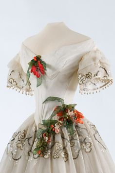 Evening dress ca. 1850 From the Museum of Applied Arts