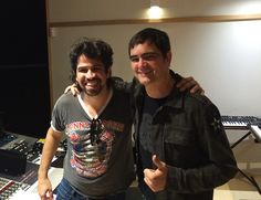 Música gravada com Samuel Rosa leva Vespas Mandarinas para o pop - http://anoticiadodia.com/musica-gravada-com-samuel-rosa-leva-vespas-mandarinas-para-o-pop/
