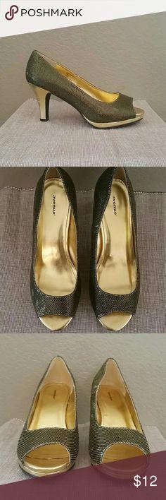 Avenue Bryn sparkle gold peep toe heels 10w Avenue gold heels, Bryn Sparkle, open toe, 10W, some marks see pics, pre-owned, 1/2 inch platform, 3 1/2 inch total heel height Avenue Shoes Heels