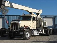 Get Best Deal on Used 1997 National Crane with Free Price Quotes by Machinery Sales & Consulting for $ 59500 in San Francisco, CA, USA at http://goo.gl/gw8ZH5