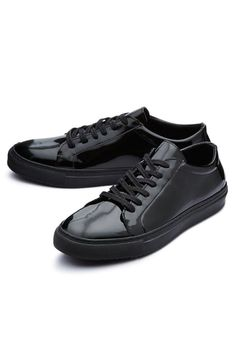 Sneaker von Selected Femme All Black Sneakers, Shoes Sneakers, Sneaker Trend, Lässigen Jeans, 2016 Trends, Must Haves, The Selection, Female, Beauty