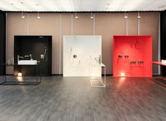 Makio Hasuike & Co: works with Italian and foreign companies operating in different fields Window Display Retail, Retail Displays, Shop Displays, Window Displays, Exhibition Booth Design, Exhibition Display, Retail Store Design, Retail Stores, Corporate Event Design