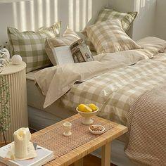 My New Room, My Room, Room Ideas Bedroom, Bedroom Decor, Casa Loft, Aesthetic Room Decor, Beige Aesthetic, Korean Aesthetic, Japanese Aesthetic