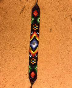 Loom Bracelet Patterns, Bead Loom Bracelets, Bead Loom Patterns, Beading Patterns, Native American Beadwork, Native Art, White Beads, Loom Beading, Green And Orange