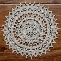 Ravelry: Lorelai pattern by Grace Fearon--doily