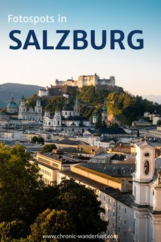 Kennst du schon diese Fotospots in Salzburg? Die Humboldtterrasse ist natürlich der Klassiker unter den Aussichtsplattformen in der Stadt, aber es gibt noch zahlreiche wunderschöne Aussichtspunkte von denen du aus die Altstadt bewundern kannst. Pack deine Kamera ein und los geht's! Lass uns gemeinsam Salzburg erkunden!  #Salzburg #Österreich #Städtereise #Fototipps #Fotografieren #Urlaub