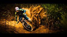 Scott Prospect Brendan Fairclough, una edición limitada de la máscara más avanzada de Scott para terminar el año Mountain Bike Action, Mountain Biking, Mtb, Biker, Mountain Bike Trails, Biking, Cute