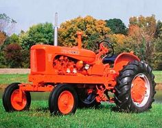 Google Image Result for http://tractorshopper.com/admin/images/farm%2520tractor.jpg