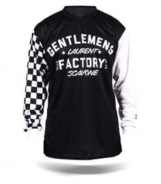 Vintage motorcycle customizable jersey for vintage moto fans, custom bike and cafe racer addicts Motorcycle Style, Motorcycle Outfit, Biker Style, Motto, Course Vintage, Moto Cross, Bike Shirts, Vintage Jerseys, Vintage Racing