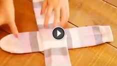 Ezt a módszert neked is meg kell tanulni! Sock Organization, Dresser Organization, Home Organization Hacks, Bathroom Organisation, Konmari Method Folding, Folding Socks, Unique Socks, My Socks, Clothing Hacks