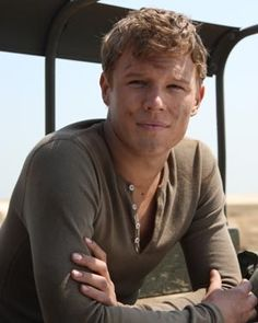 Chris Egan! Gah, he's so gorgeous. I love him in Letters to Juliet.