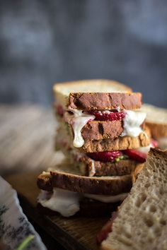 Superfood Weeknight Meals: Strawberry-Pesto Melt recipe on @thismessisours