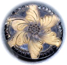 BUTTONS | Old Lacy Glass Pictorial Glass Button Medium by KPHoppe on Etsy Hoppe Glass http://www.hoppeglass.com/store/c121/Buttons.html