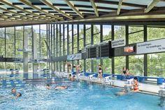 Das Badezentrum Sindelfingen bietet das einzige überdachte 50m Sportschwimmbecken sowie das größte Freibad für naturnahe Erholung in der Region Stuttgart. #Badezentrum #Sindelfingen #Stuttgart #Hallenbad #Sauna