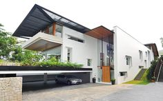 Modern Tropical Bungalow: Dalvey Road House by Guz Architects | http://www.designrulz.com/design/2014/02/modern-tropical-bungalow-guz-architects/