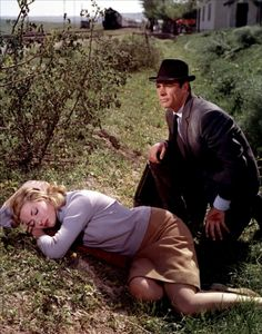 Daniela Bianchi and Sean Connery (From Russia With Love - 1963)