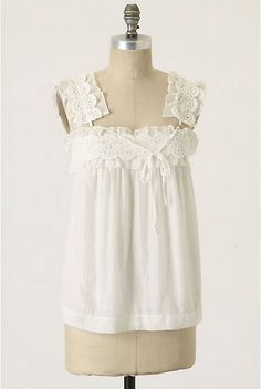 Swoon. Please bring me summer, this top, a place to sit under a tree, and a tall glass of lemonade.