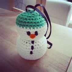 Miss Amigurumis: DIY: Patron muñeco de nieve