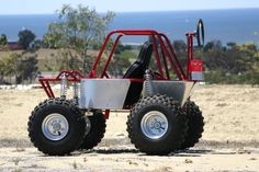 Im going to be a dad pretty soon and I was wondering who makes those off road strollers. The ones that are mini class 1 or mini TT's. Homemade Go Kart, Racing Baby, Go Kart Plans, Off Road, Baby Blog, Kids Ride On, Baby Accessories, Metal Working, Baby Strollers