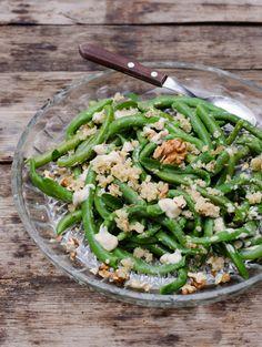 Salata de fasole verde cu sos tahini si nuciCooking with my soul