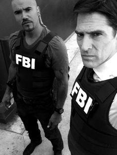 Criminal Minds Behind The Scenes (courtesy Thomas Gibson): Derek Morgan (Shemar Moore) & Aaron Hotchner (Gibson)