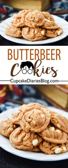 Harry Potter Butterbeer Cookies Recipe - Cupcake Diaries - - Butterbeer is a must for any Harry Potter event, and Butterbeer Cookies are the perfect dessert! These cookies have big butterbeer flavor in every bite. Harry Potter Party Food, Harry Potter Desserts, Cumpleaños Harry Potter, Harry Potter Baking Recipes, Harry Potter Butterbeer, Harry Potter Cupcakes, Harry Potter Cookbook, Cupcake Recipes, Dessert Recipes