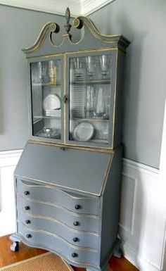 South Shore Decorating Blog: Annie Sloan Chalk paint color mix Graphite and Old White.