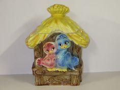 VINTAGE Lefton Love Nest Birds Yellow Thatched Roof Ceramic Cookie Jar -  RARE