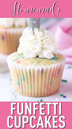 Homemade Funfetti Cupcakes: moist & easy to make -Baking a Moment - Backen Cupcake Recipes From Scratch, Easy Cupcake Recipes, Homemade Desserts, Easy Desserts, Dessert Recipes, Cupcake Recipe For Kids, Sprinkles Cupcake Recipes, Funfetti Cupcake Recipe, Dinner Recipes