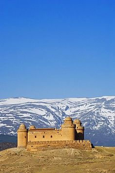 Castel of Calahorra with the snow covered Sierra Nevada in the background, Province Granada, Andalucia, Spain