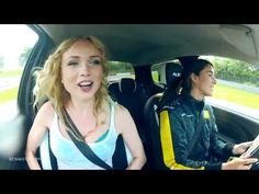New Renault Twingo R.S.: Challenge us if you can! (2) [HD 3D]