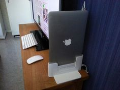 Henge Dock for the 11-inch MacBook Air - hands on and first try
