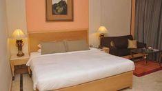 Hotel The Hans, New Delhi New Delhi DELUX ROOM 1 New Delhi, Smoking Room, Hotel Offers, Housekeeping, Wi Fi, Hotels, Bed, Internet, Rooms